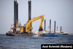"""Подготовительные работы на трассе газопровода """"Северный поток – 2"""" у побережья Германии"""