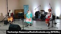Виступ болгарського ансамблю «Вайсал»