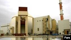 نمایی از نیروگاه اتمى ۱۰۰۰ مگاواتى بوشهر که راه اندازی آن بارها به تعویق افتاده است.