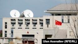 Здание Посольства Китая в Бишкеке.