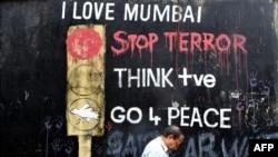 Pas sulmeve terroriste në Mumbai...