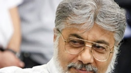 Jailed Iranian political activist and journalist, Isa Saharkhiz