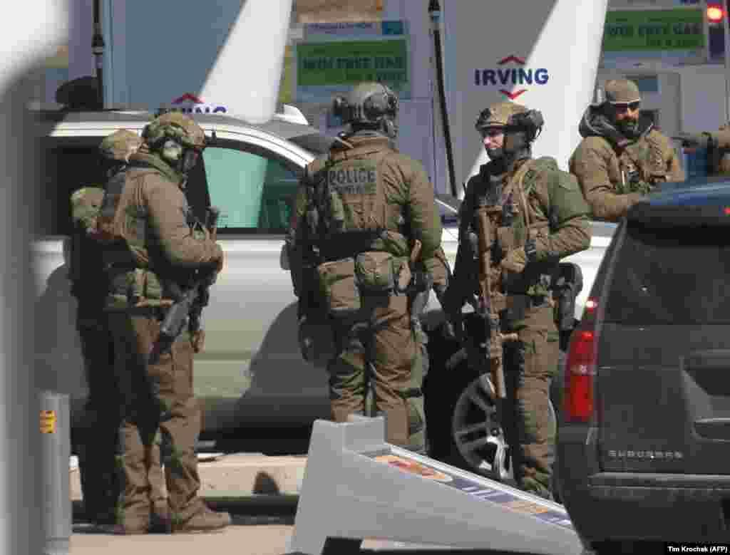 КАНАДА - Вооружен напаѓач во канадската провинција Нова Шкотска убил најмалку 16 лица, меѓу кои и една полицајка.