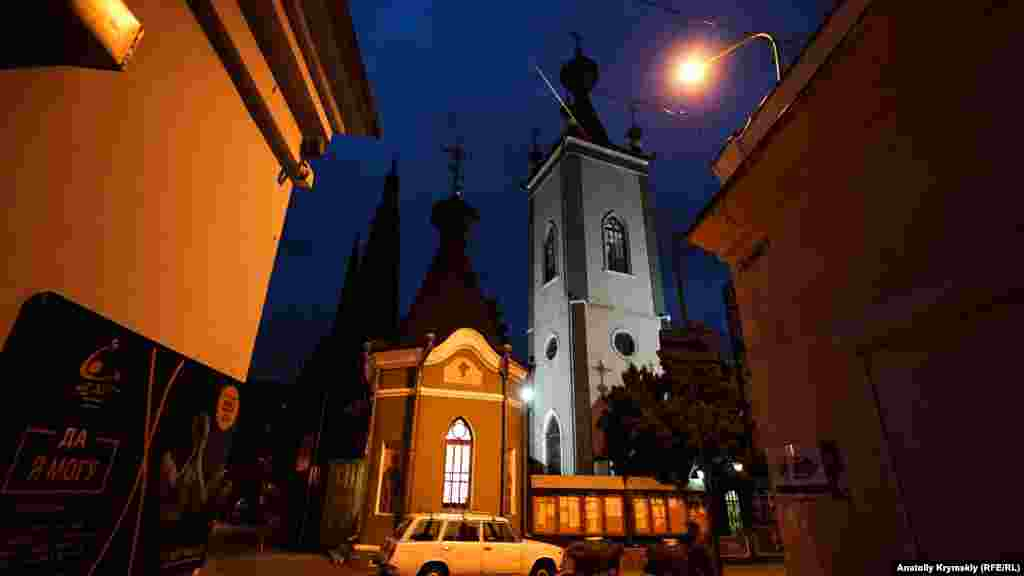 Православний храм в ім'я Кримських святих і Феодора Стратилата побудований у XIX столітті