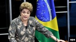 Смещенная с президентского поста Дилма Русеф выступает с последней речью на процессе в сенате, Бразилиа, 29 августа 2016 года.
