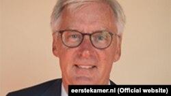 بین کناپین٬ وزیر خارجۀ هالند