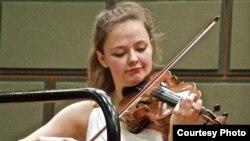 Sașa Conunova-Dumortier în concert la Ateneul Român la București la 18 aprilie