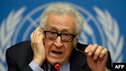 UN-Arab League envoy for Syria Lakhdar Brahimi speaks at United Nations headquarters in Geneva on January 31.