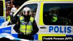 Сотрудник полиции Швеции. Иллюстративное фото.