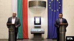 За арестите съобщиха главният прокурор Иван Гешев и министърът на вътрешните работи Младен Маринов