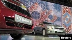 Uzbekistan -- General Motors new Chevrolet Cobalt sedans are seen during the launch ceremony in Tashkent, 05Sep2012
