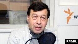 Идет санация экономики, и пик увольнений еще впереди, полагает Евгений Гонтмахер