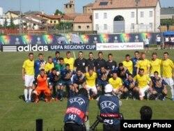 На Кубку рэгіёнаў УЕФА ў Італіі «Іслач» (у жоўтай форме) заняла трэцяе месца