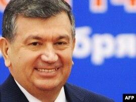 Өзбекстан премьер-министрі Шавкат Мирзияев. 14 қазан 2009 жыл.