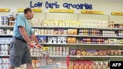 Тактика «Что не съем, то понадкусываю» приносит супермаркетам больше вреда, чем обыкновенное воровство