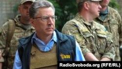 Курт Волкер в прифронтовой Авдеевке, июль 2017 года