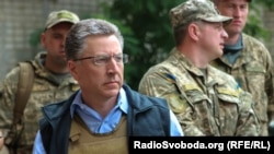 U.S. special envoy Kurt Volker visiting Avdiyivka in eastern Ukraine in July