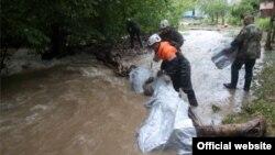У Криму зливи створили загрозу підтоплення населених пунктів