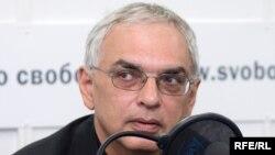 Карен Шахназаров в студии Радио Свобода