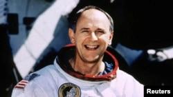 Американский астронавт Алан Бин. Архивное фото.