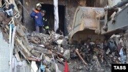Поврежденный взрывом дом в Волгограде