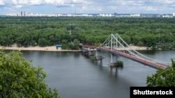 Міст залишається безпечним для пішоходів