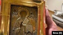 Претседателот на Претседателството на БиХ, Милорад Додик, му подари на министерот за надворешни работи на Руската Федерација Сергеј Лавров 300-годишна позлатена икона, пронајдена во Луганск
