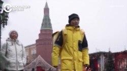 Новогодний подарок для курьера из Кыргызстана и его родителей