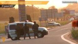 Невідомий захопив й утримує заручників на Харківщині