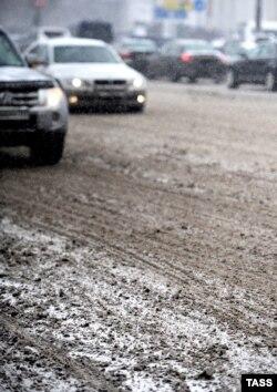 """""""Дороги и улицы должны очищаться от снега и льда, то есть, по сути дела, должны быть чистые"""""""