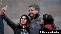 Armenia - Supporters take a selfie with Prime Minister Karen Karapetian at an election campaign meeting in Tegh village, 10Mar2017.