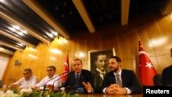 Президент Турции Реджеп Эрдоган обращается к народу (Стамбул, 16 июля 2026 года)
