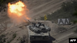 Южнокорейский танк на учениях возле границы с КНДР 20 мая 2015 года