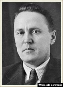 Этнограф, профессор Леонид Потапов.