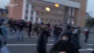 Belarusian Opposition Marchers Hit With Stun Grenades