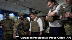 Украина президенты Владимир Зеленский Донбасстагы фронт сызыгында, 14 октябрь 2019
