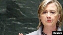 Хиллари Клинтон обвинила Иран в глумлении над положениями Договора о нераспространении ядерного оружия