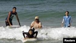 دختران موج سوار غزه