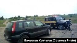"""Машина съемочной группы заблокирована машиной охраны угольного разреза """"Березовский"""""""
