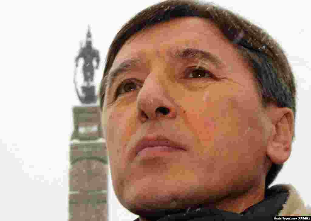 Оппозициялық саясаткер Болат Әбілев.