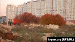 Строительство в фисташковой роще, Севастополь