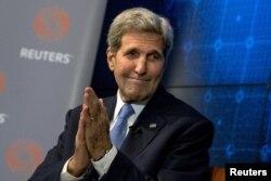 Secretarul de stat John Kerry