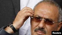 Yemen President Ali Abdullah Saleh has agreed to hand over power in exchange for immunity from prosecution.