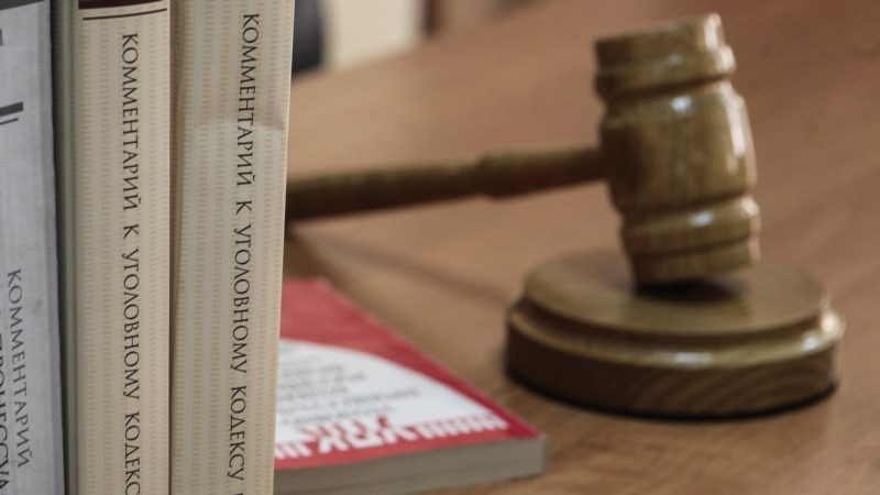 «Выстрелила в голову»: отца 6-летней крымчанки будут судить из-за несчастного случая с оружием