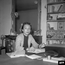 دوراس در اوائل دهه ۱۹۵۰