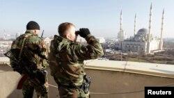 Чеченские власти отвечают на мирные инициативы Евкурова продолжением давления на религиозное поле...