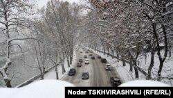 Если в обычную погоду до Тбилиси можно добраться за 30 минут, то в сильный мороз, как выяснилось, об этом не стоит и мечтать