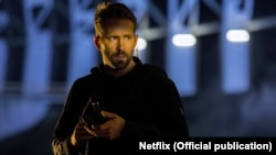 Actor Ryan Reynolds plays the lead role in 6 Underground.