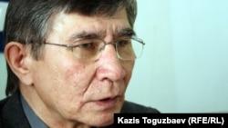 Жасарал Куанышәлин, оппозициялық саясаткер. Алматы, 20 наурыз 2012 жыл.