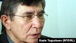 Оппозициялық саясаткер Жасарал Қуанышәлин. Алматы, 20 наурыз 2012 жыл.